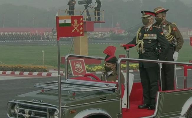 Army Day 2021: नेशनल वॉर मेमोरियल पर CDS और तीनों सेनाओं के प्रमुखों ने दी श्रद्धांजलि, देखें तस्वीरें