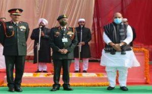 लखनऊ में दहाड़े रक्षा मंत्री राजनाथ सिंह, कहा- पूर्वी लद्दाख में चीनी सैनिकों को धूल चटाकर भारतीय सैनिकों ने देश का मान बढ़ाया