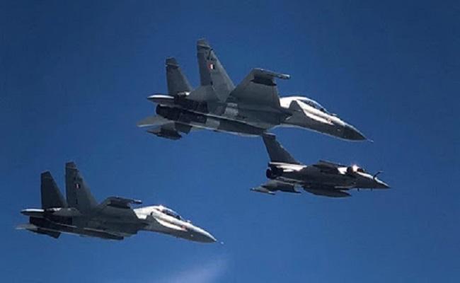 भारतीय वायु सेना की ताकत में होगा जबरदस्त इजाफा, 4 दिनों में मिलेंगे 3 राफेल विमान