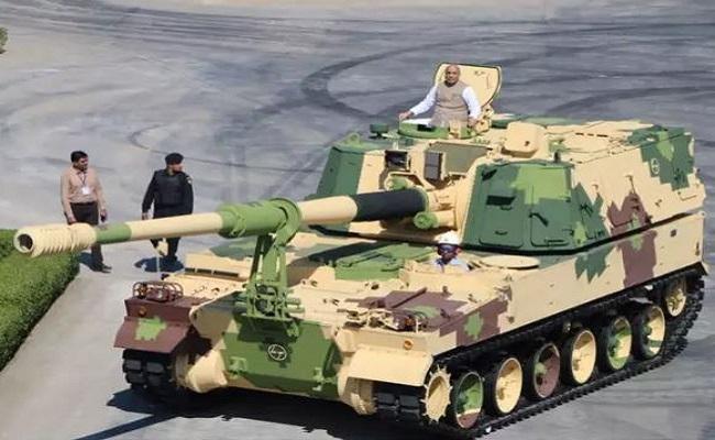 K-9 वज्र टैंक की ये हैं खासियतें, जानें क्यों दुश्मनों के लिए है बेहद खतरनाक