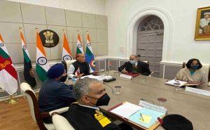 भारत और सिंगापुर के रक्षा मंत्रियों की बैठक, दोनों देशों की नौसेनाओं ने सहयोग को लेकर समझौता किया