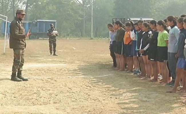 लखनऊ में महिलाओं के लिए आयोजित Indian Army की भर्ती रैली का पहला चरण पूरा