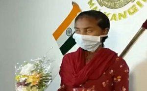 ओडिशा: मलकानगिरी में एक लाख की इनामी महिला नक्सली ने किया सरेंडर, बताया नक्सली संगठनों का सच