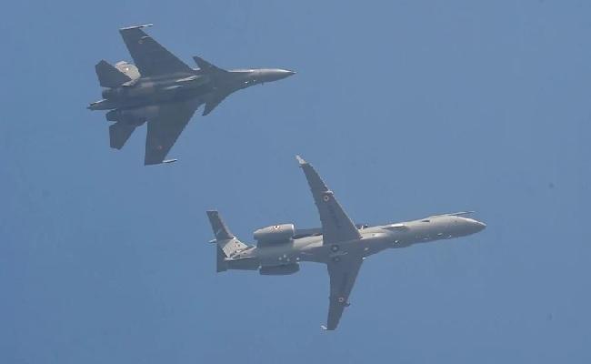 Republic Day Parade 2021 LIVE: राजपथ पर गरजा राफेल विमान, दुनिया ने देखे करतब