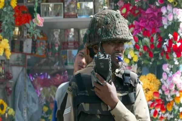 सेना के जवानों को मिलता है वॉकी-टॉकी, सुरक्षा में इसकी है अहम भूमिका