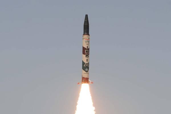 मध्यम दूरी की बैलिस्टिक मिसाइल है 'Agni-I', जानें क्या है इसकी खासियत