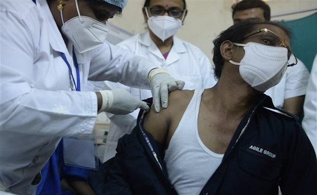 टीकाकरण की रफ्तार में भारत सबसे तेज,  महज 18 दिनों में लगा 40 लाख लोगों को टीका
