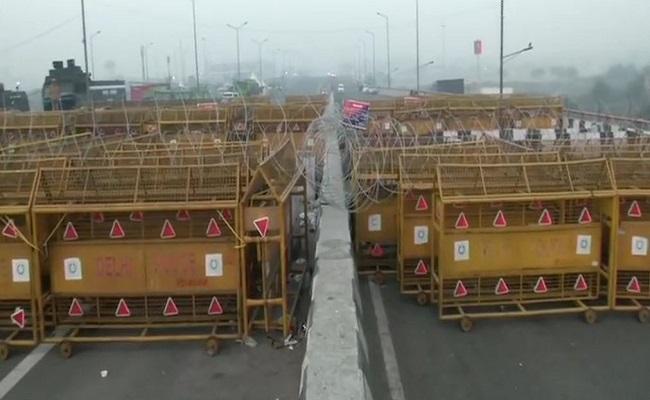 Chakka Jam: कृषि कानूनों के खिलाफ आज है किसानों का चक्का जाम, दिल्ली-एनसीआर में सुरक्षा के कड़े इंतजाम
