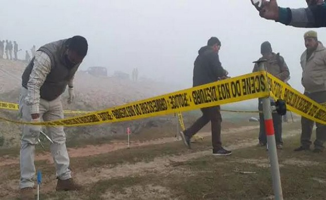 यूपी: कासगंज में सनसनीखेज वारदात, शराब माफिया ने की सिपाही की हत्या; पुलिस ने मुठभेड़ में एक को मार गिराया