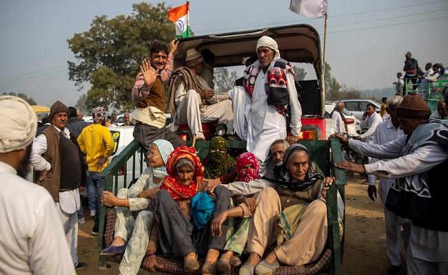 किसान आंदोलन: 12 तारीख को राजस्थान के टोल प्लाजों को कर मुक्त करेंगे किसान, 18 को देशभर में रेल रोको अभियान
