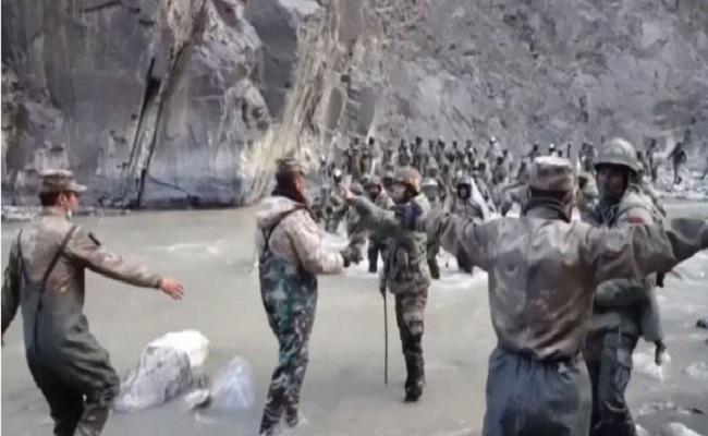 Galwan Clash Video: गलवान घाटी में टकराते हुए दिखे सैनिक, चीन ने 8 महीने बाद जारी किया वीडियो