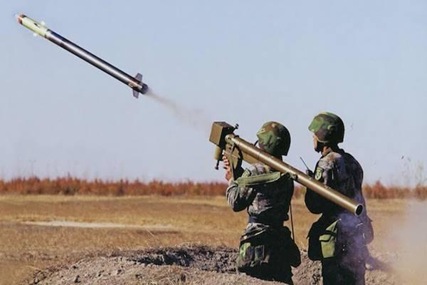 इग्ला मिसाइल है बेहद घातक, कंधे पर रखकर भी इसके जरिए कर सकते हैं फायर