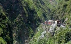 जम्मू कश्मीर: भारतीय सेना ने शुरू किया पौधारोपण कार्यक्रम, लगाए जाएंगे एक हजार से ज्यादा पौधे