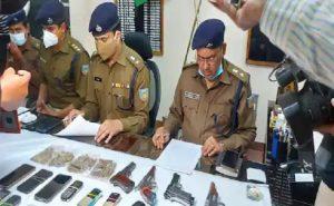 झारखंड: PLFI नक्सली राजू गोप गिरफ्तार, रांची में छिपकर रह रहा था ये शातिर,  पिस्तौल और कारतूस बरामद