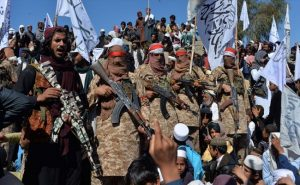 तालिबानियों के हाथों में अफगानिस्तान की सत्ता सौंपना चाहता है पाकिस्तान, जानें वजह