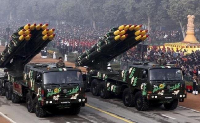 रक्षा क्षेत्र में आत्मनिर्भर होता भारत, पांच सालों में 33 फीसदी कम हुआ हथियारों का आयात
