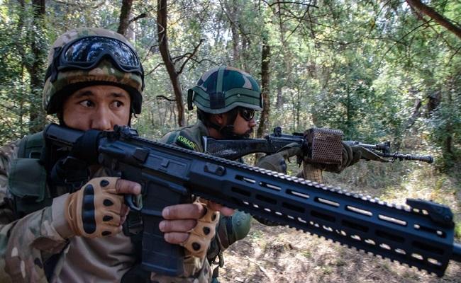 इंडो-उज्बेक संयुक्त सैन्य अभ्यास DUSTLIK-II में दोनों देशों के सैनिक दिखा रहे दमखम, देखें PHOTOS