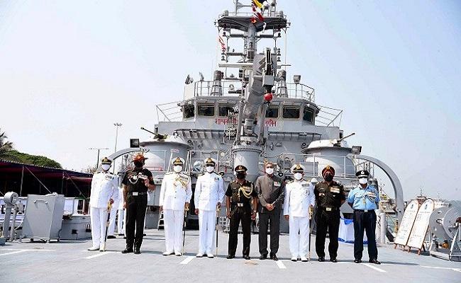 भारतीय नौसेना की ताकत में हुआ इजाफा, बेड़े में शामिल हुआ लैंडिंग क्राफ्ट यूटिलिटी शिप