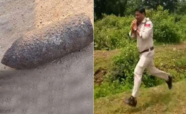 कंधे पर 10 किलो का बम लेकर दौड़ गया था यह जांबाज सिपाही, बचाई 400 बच्चों की जान