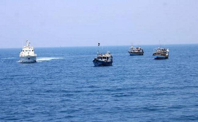भारतीय नौसेना ने बड़ी साजिश को किया नाकाम, लक्षद्वीप के समुद्री इलाके से 3000 करोड़ के ड्रग्स व हथियार बरामद