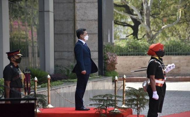 कोरियाई रक्षा मंत्री 3 दिवसीय भारत यात्रा पर नई दिल्ली पहुंचे, देखें PHOTOS