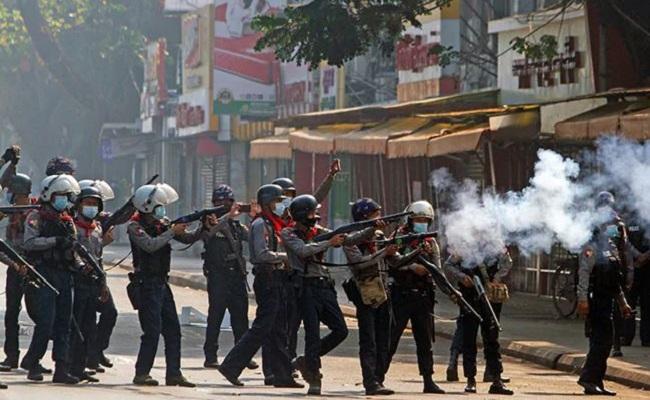 Myanmar: म्यांमार सेना का खूनी खेल, 'आर्म्ड फोर्सेज डे' को 169 प्रदर्शनकारियों की मौत