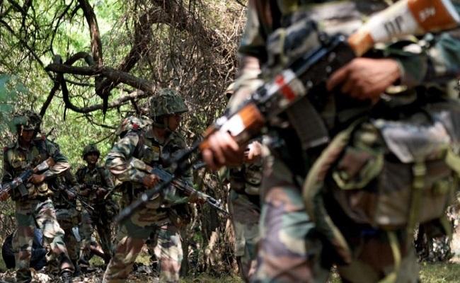 नक्सलियों के खिलाफ बड़े ऑपरेशन का खाका तैयार, हिडमा सहित ये 8 टॉप नक्सली कमांडर हैं सुरक्षाबलों की रडार पर