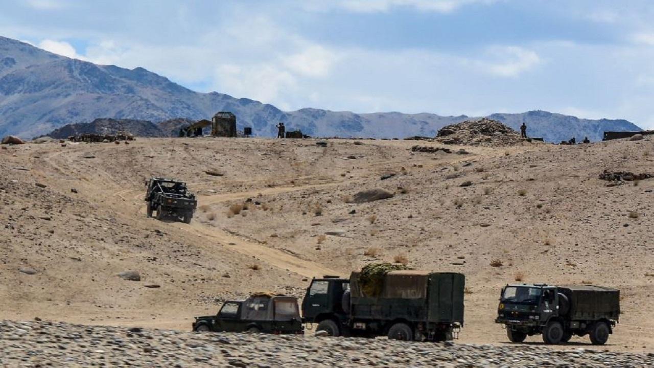 फिर चालबाजी दिखा रहा चीन, LAC पर तैनात की सतह से हवा में मार करने वाली मिसाइलें