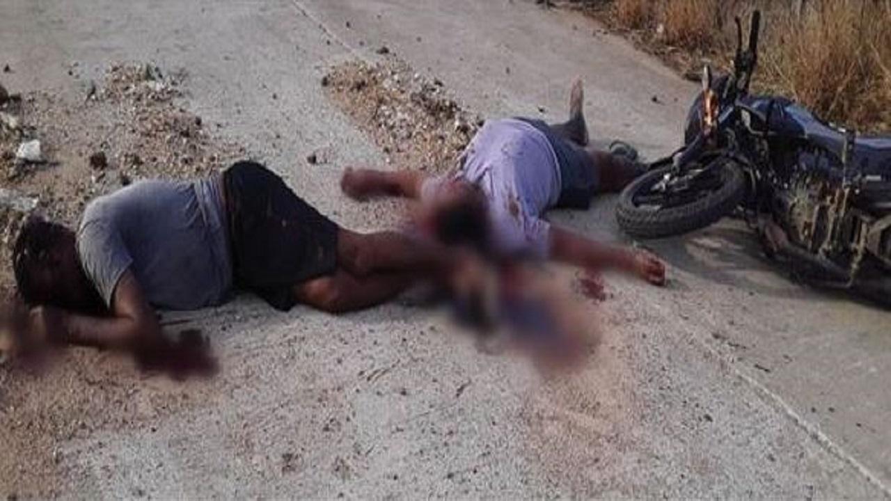 छत्तीसगढ़: 23 दिन में तीसरा बड़ा नक्सली हमला, थाने से महज कुछ दूरी पर पुलिस के 2 जवान शहीद