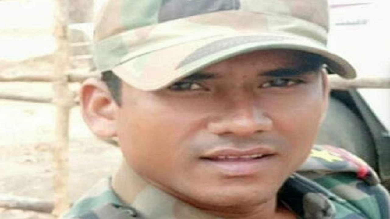 Chhattisgarh: नक्सलियों ने अगवा SI मुरली ताती की हत्या की, नांदलूर गांव के पास मिली डेडबॉडी