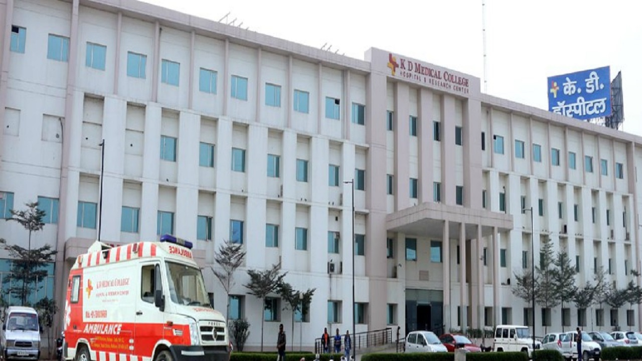 इंसानियत शर्मसार: इस निजी अस्पताल ने कोरोना मरीज से एक दिन के इलाज के लिए वसूले 3.7 लाख, फिर भी नहीं बची मरीज की जान