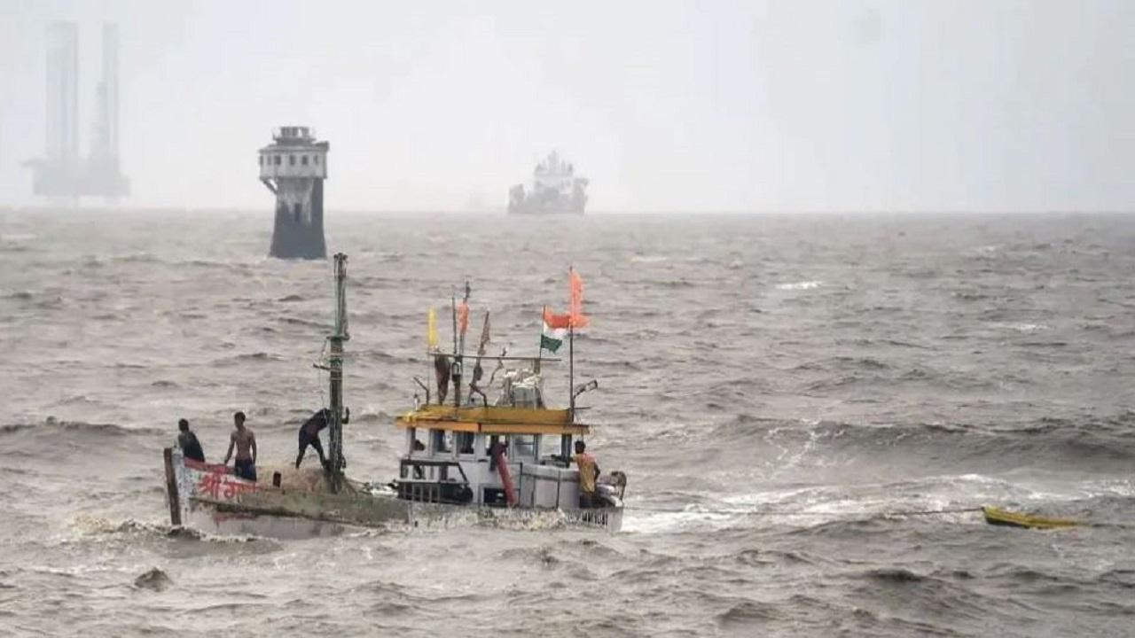 Cyclone 'Yaas': 'ताउते' के बाद आनेवाला है चक्रवाती तूफान 'यास', NDRF टीमों की तैनाती शुरू