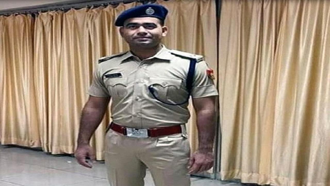 दिल्ली पुलिस कॉन्सटेबल से ACP बनने तक का सफर, देखिए फिरोज आलम की कहानी