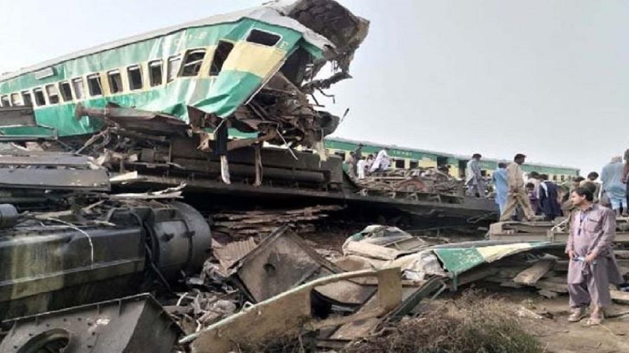 Pakistan Train Accident