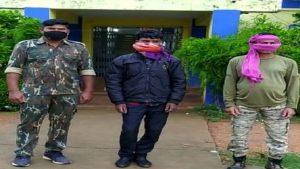 छत्तीसगढ़: राजनांदगांव से नक्सलियों को विस्फोटक सप्लाई करने वाला शख्स गिरफ्तार, कुकर बम बनाने की थी प्लानिंग