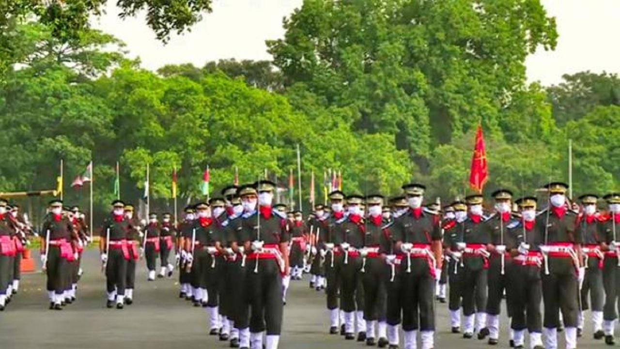 IMA की पासिंग आउट परेड में भारतीय सेना का हिस्सा बने 341 कैडेट्स, 84 अधिकारी मित्र देशों की सेना में जाएंगे