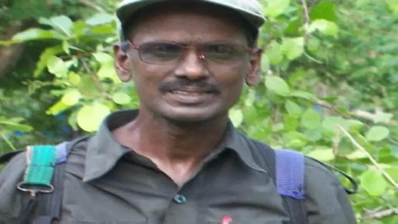 छत्तीसगढ़: 8 लाख के इनामी नक्सली कट्टी मोहन राव की मौत, तेलंगाना में जुलूस निकालकर किया गया अंतिम संस्कार