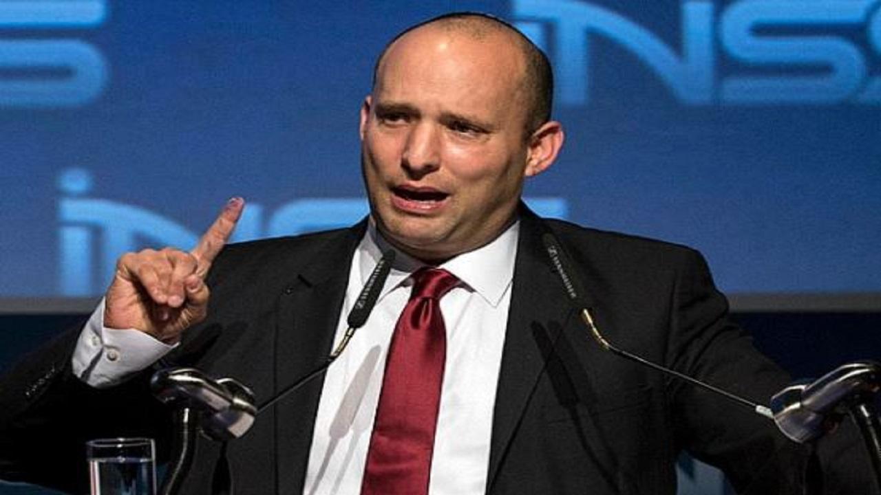 नेफ्टाली बेनेट के सत्ता संभालते ही फिलीस्तीन को मिला झटका, उठाया ये कदम