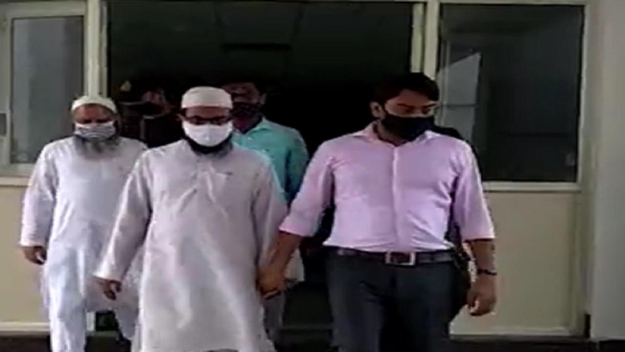बड़ा खुलासा: पाकिस्तान की खुफिया एजेंसी ISI की मदद से खेला जा रहा था धर्म परिवर्तन का खेल, 2 मौलाना गिरफ्तार