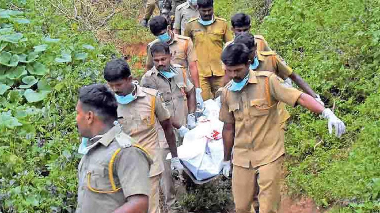छत्तीसगढ़: जगदलपुर में नक्सलियों ने दिनदहाड़े सैनिक की धारदार हथियार से हत्या की, पुलिस छानबीन में जुटी