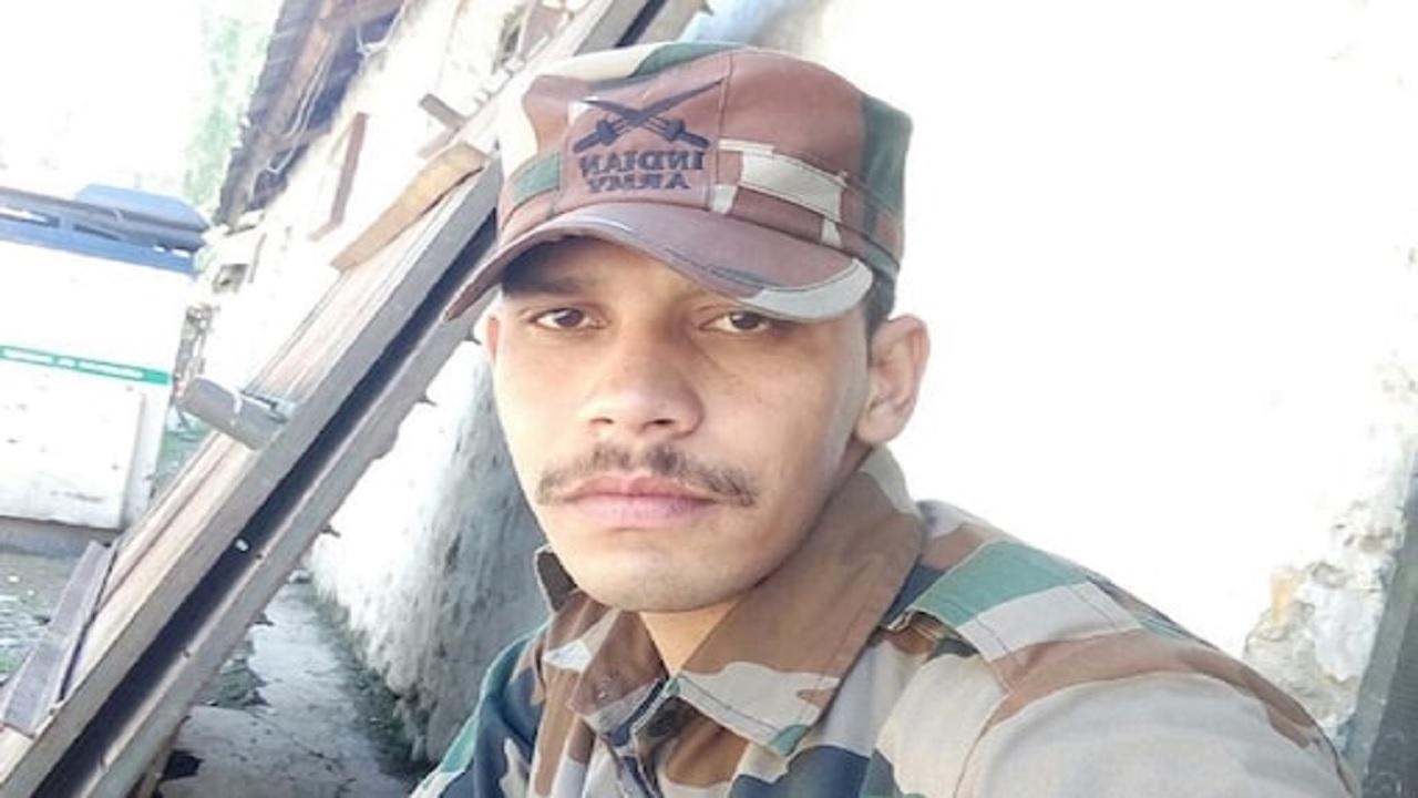 हरियाणा: 23 साल के शहीद जवान भूपेंद्र चौहान के परिजनों ने सरकार से लगाई मदद की गुहार, जानें क्या है मामला