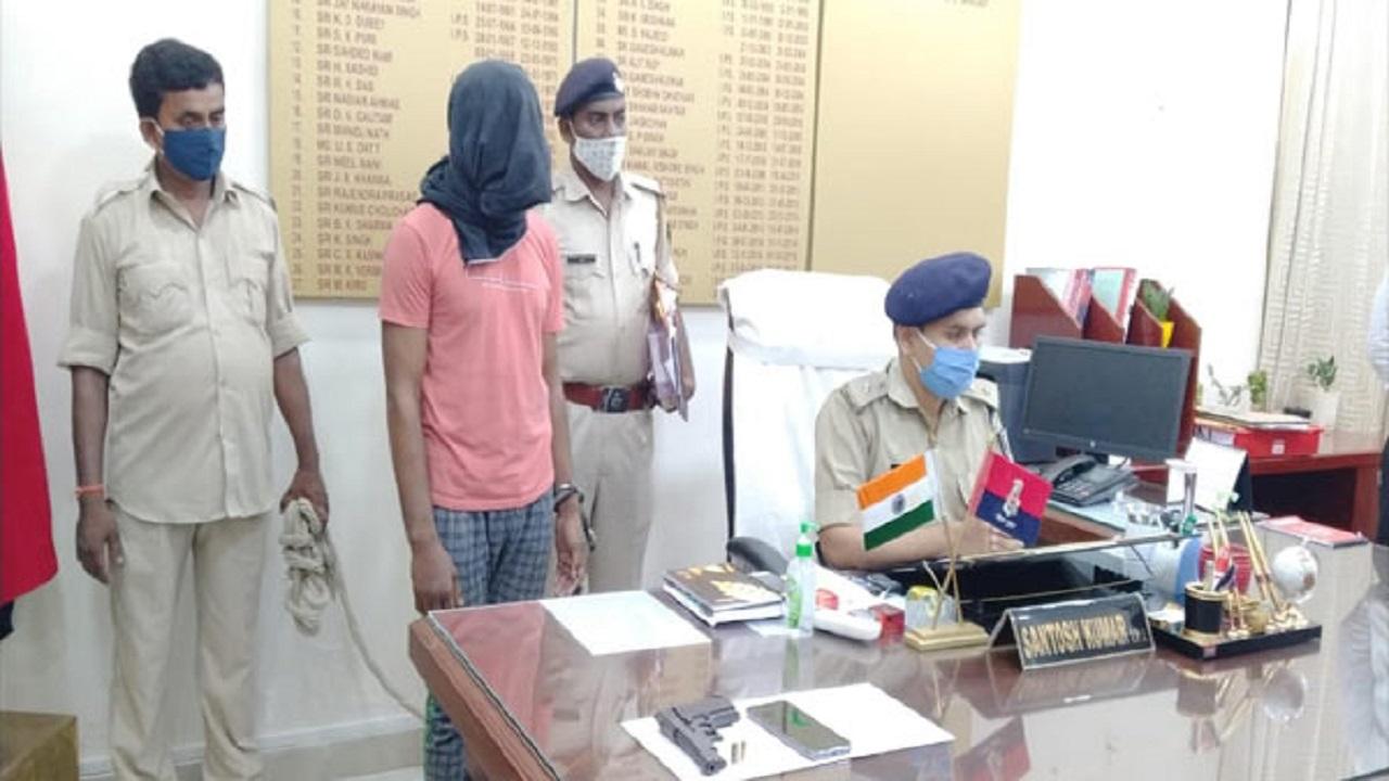 बिहार: छपरा में STF टीम को मिली बड़ी सफलता, ईंट-भट्ठा मालिक का हत्यारोपी पूर्व नक्सली गिरफ्तार, बाकी की तलाश जारी