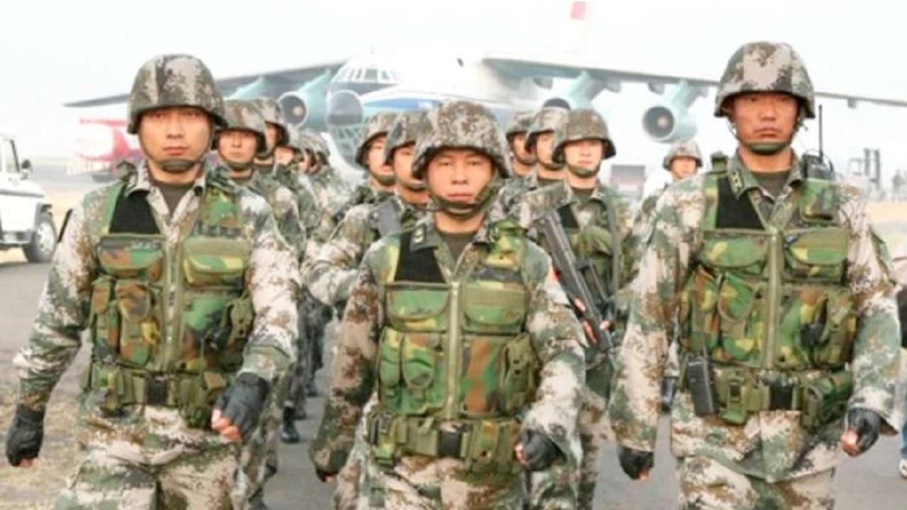 चीनी सेना के पास ऐसा क्या है जो वह दुनिया की तीसरी सबसे ताकतवर सेना है? जानें इससे जुड़े कुछ फैक्ट्स