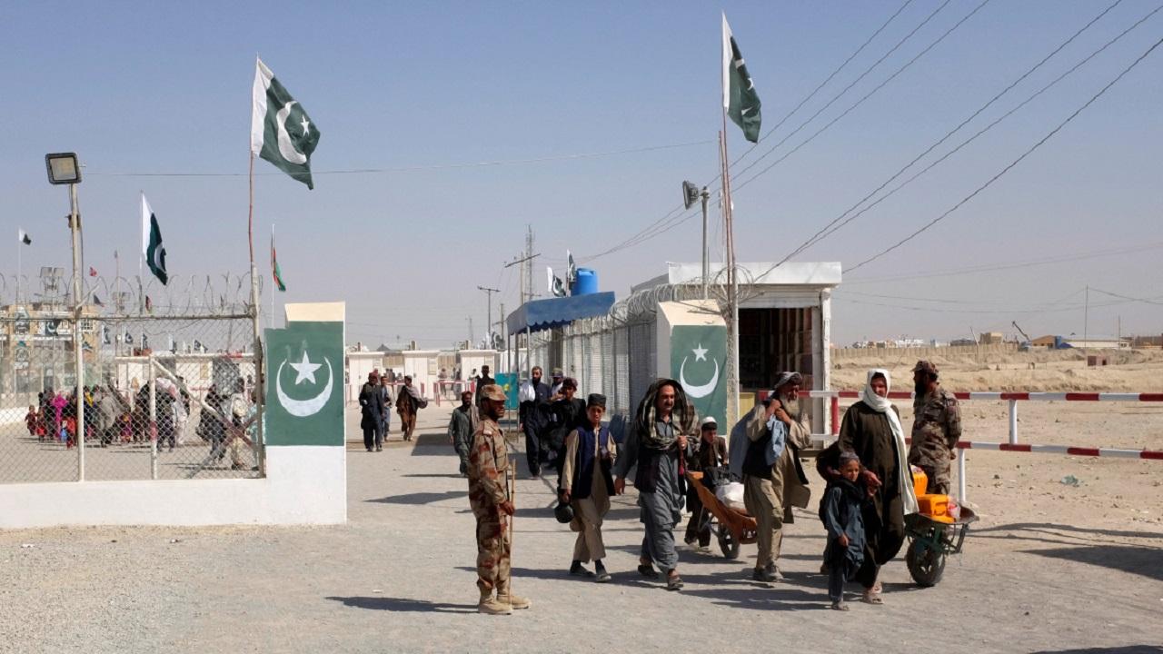 अफगानिस्तान में जारी हिंसा के पीछे आईएसआई और पाक सेना का हाथ, तालिबानी लड़ाकों की हर संभव मदद कर रहा पाकिस्तान