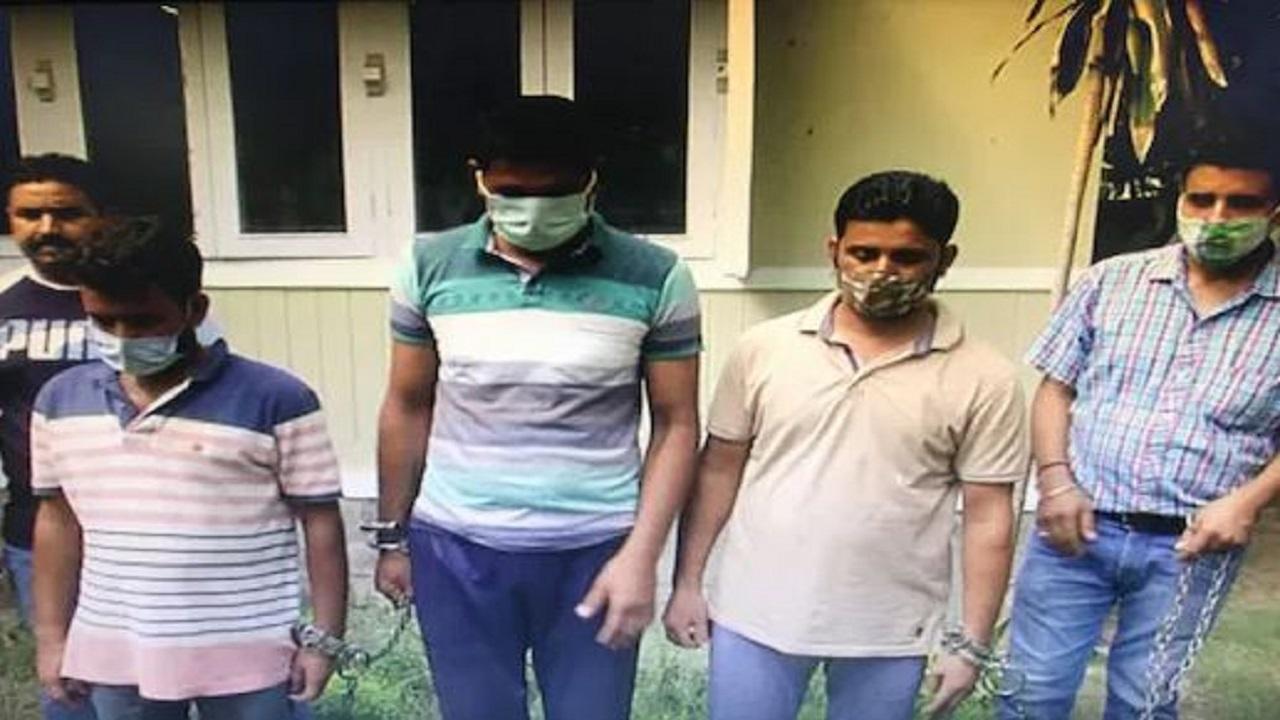 जम्मू कश्मीर: अखनूर में 2 करोड़ की हेरोइन जब्त, सरहद पार से तस्करी के आरोप में 3 गिरफ्तार