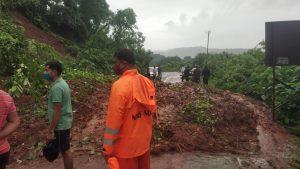 Maharashtra Flood: राज्य में अब तक गई 136 लोगों की जान, राहत और बचाव कार्य जारी