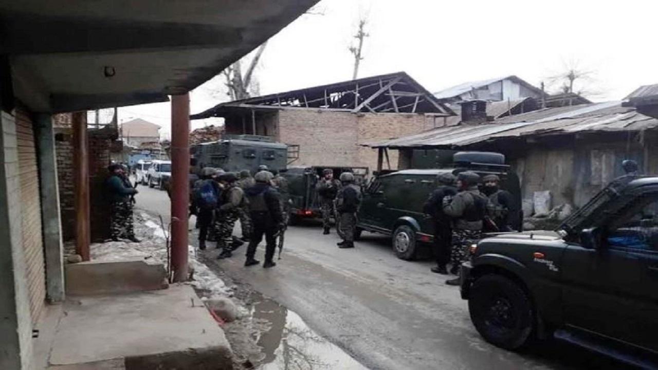 जम्मू-कश्मीर: सुरक्षाबलों के लिए सबसे पहले है लोगों की हिफाजत, कुलगाम में हुई मुठभेड़ के दौरान जवानों ने 430 लोगों को सुरक्षित स्थान पर पहुंचाया