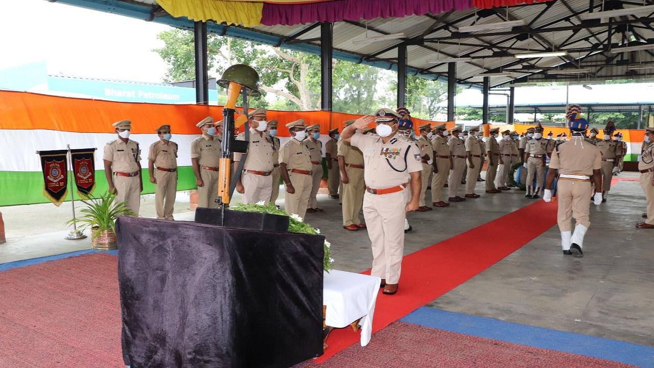 CRPF के 83वें स्थापना दिवस पर कोलकाता में हुआ समारोह, देखें PHOTOS