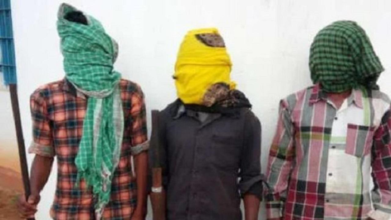 छत्तीसगढ़: बीजापुर में सुरक्षाबलों की छापेमारी में 3 माओवादी गिरफ्तार, कई वारदातों में थे शामिल