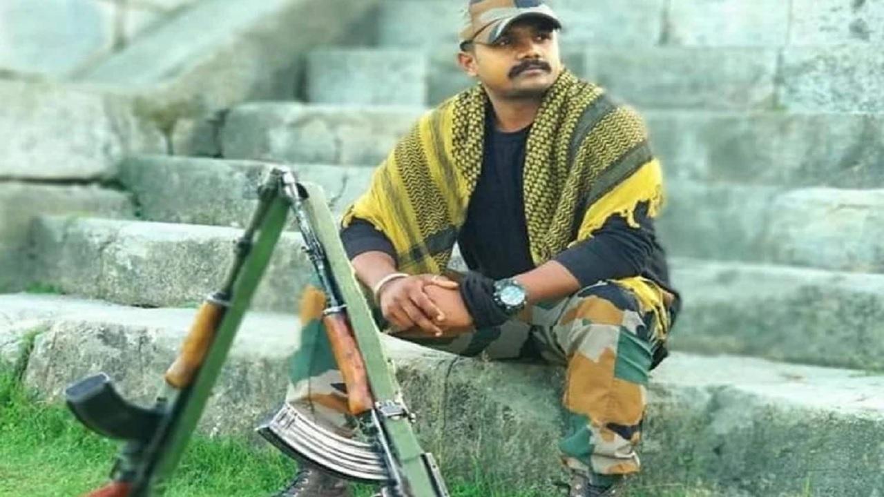 यूपी: मिर्जापुर के शहीद रवि सिंह को मरणोपरांत मिला वीरता का सेना पदक, 17 अगस्त 2020 को आतंकियों से हुई थी मुठभेड़